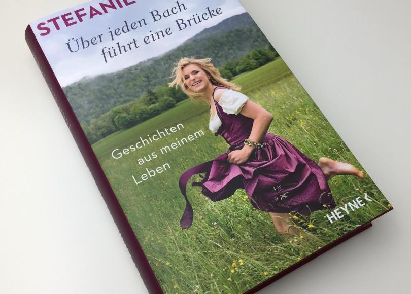 Stefanie Hertel - Über jeden Bach führt eine Brücke