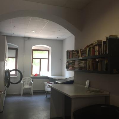 Bücherschrank, Offenes Tauschregal, Telefonzelle, Bücherzelle, Büchertausch, Dresden, Tausch, Bücher, Buch, Buchtausch,