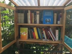 Little Free Library, Bücherschrank, Offenes Tauschregal, Telefonzelle, Bücherzelle, Büchertausch, Dresden, Tausch, Bücher, Buch, Buchtausch,
