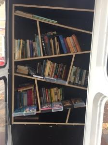 Bücherzelle Schillingplatz, Bücherschrank, Offenes Tauschregal, Telefonzelle, Bücherzelle, Büchertausch, Dresden, Tausch, Bücher, Buch, Buchtausch,